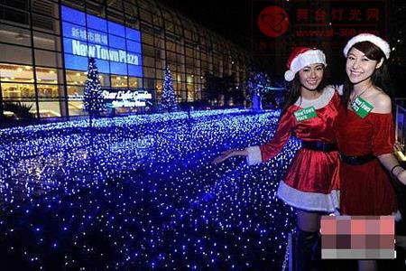 香港商场以逾10万颗LED灯光打造圣诞灯饰