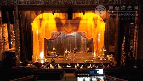 《歌剧魅影》印尼访问演出现场扩音详解